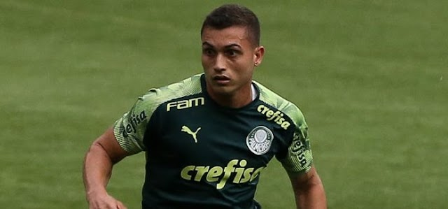 Palmeiras: Último treino antes de viagem tem destaque de atacante