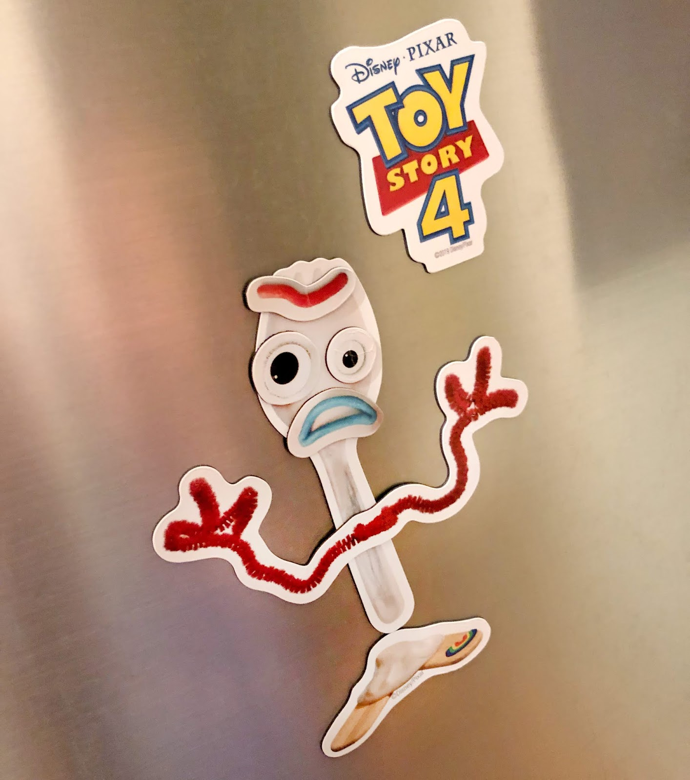 d23 expo disney store forky magnet set