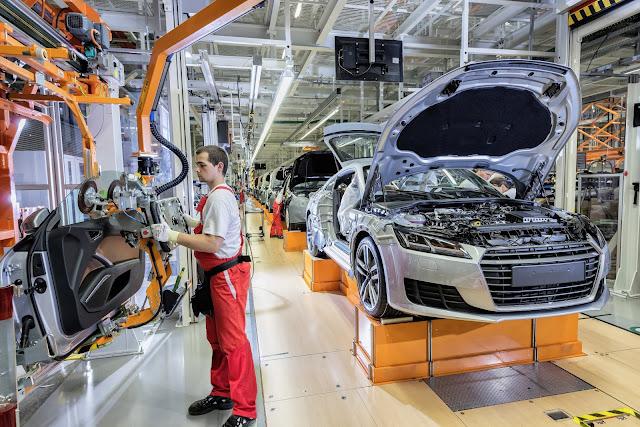 Audi contrata robôs que evitam dores crônicas aos operários