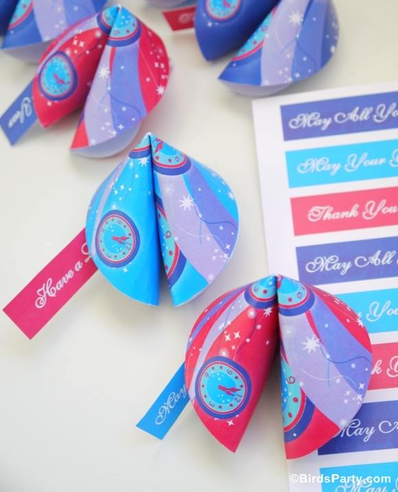 New Year's Eve Party | DIY Paper Fortune Cookies - BirdsParty.com