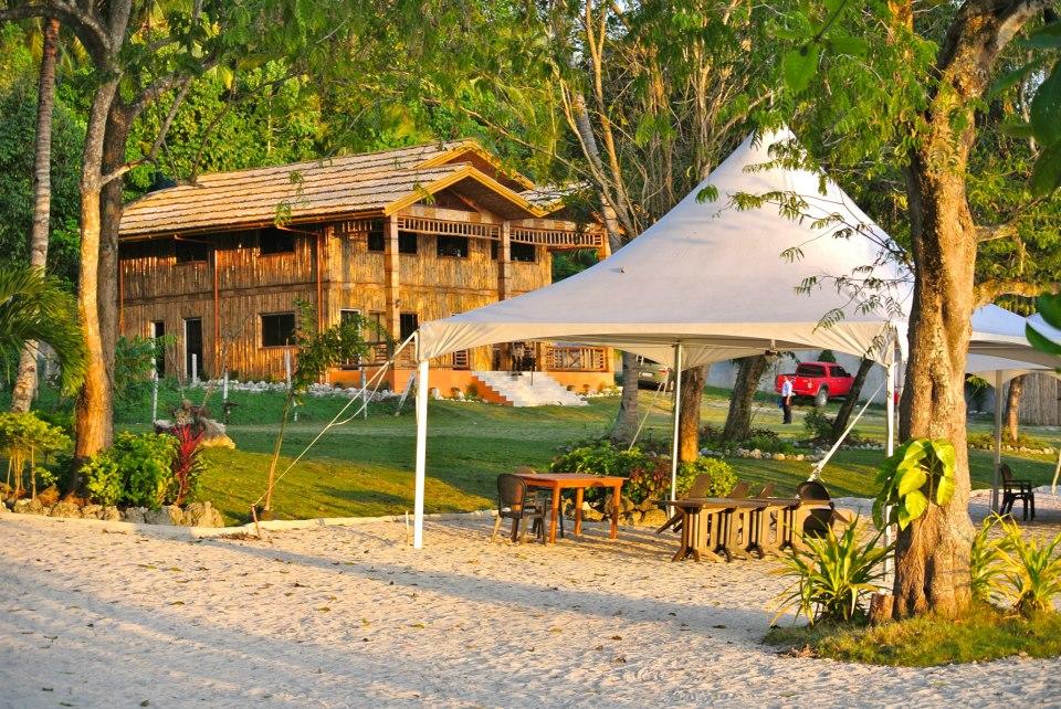 Tiki Beach Resort Samal Island