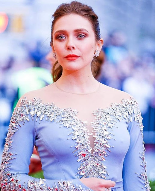 Hollywood Actress Elizabeth Olsen Photos
