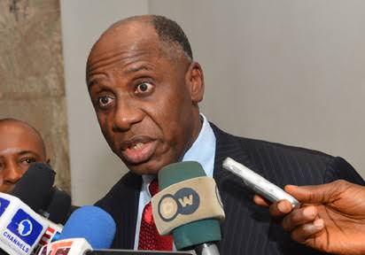 I Earn N950,000 Monthly As Minister, says Amaechi