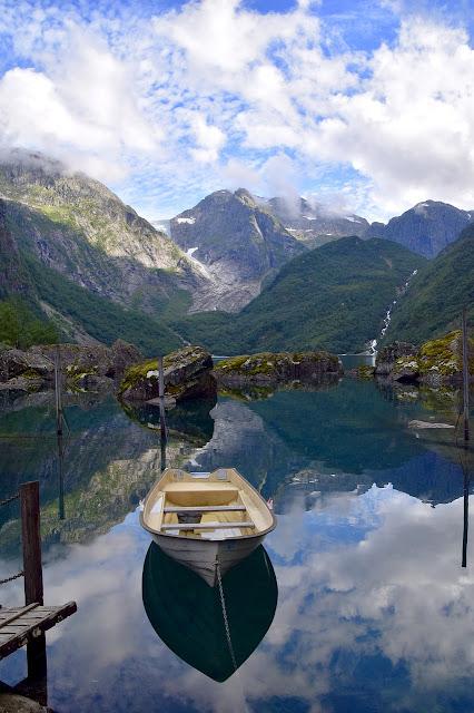 خلفيات موبايل للطبيعة والقوارب والبحر