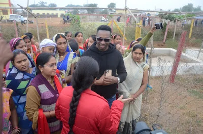 West Indies Captain Dwayn Bravo Visited in Chhatisgarh told about mitanin & supports womens