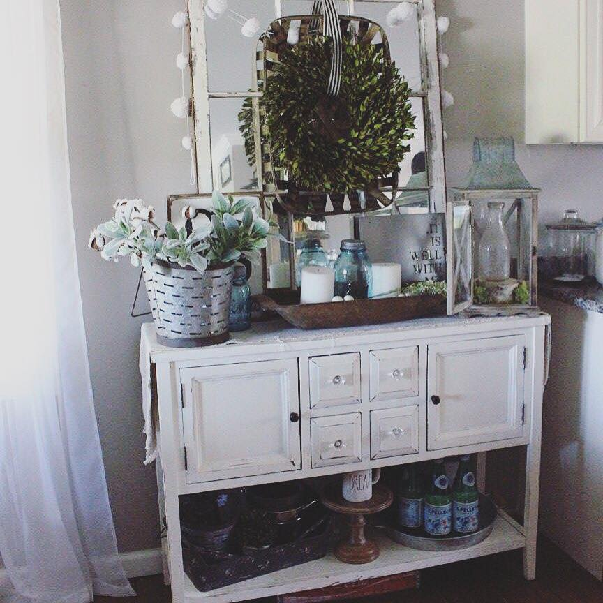 How To Decorate With Old Windows The Glam Farmhouse