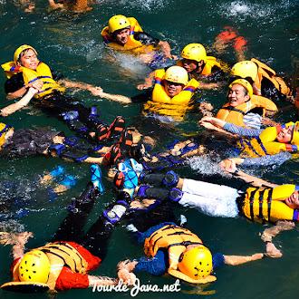 wisata green canyon, batu hiu, batu karas, pangandaran