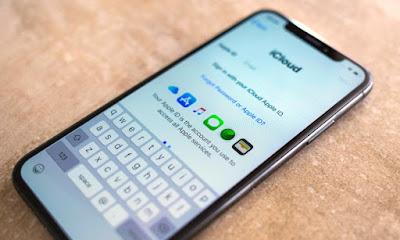 Pastikan iCloud iPhone Tidak Terkunci