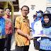 Bupati Pesisir Barat Simbolis bagikan 76 Surat PTK Dinkes