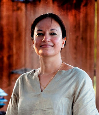 Nyla Ali Khan 3