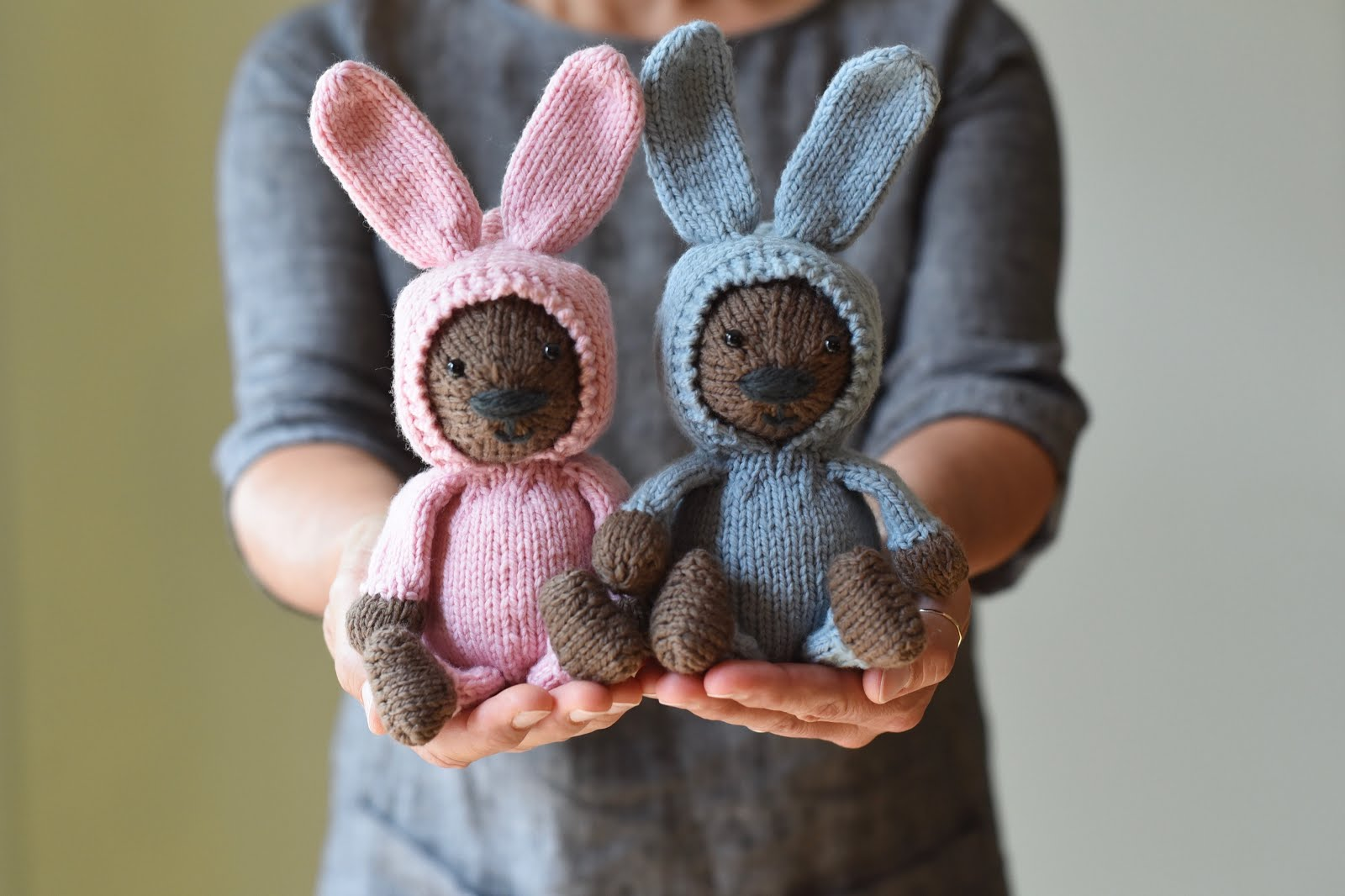 Susan B. Anderson: A Bear and A Bunny Suit ~ new pattern ...