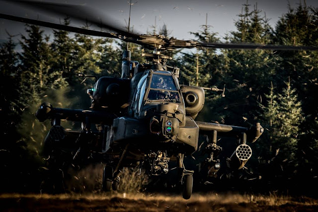 Dutch helicopters train UK