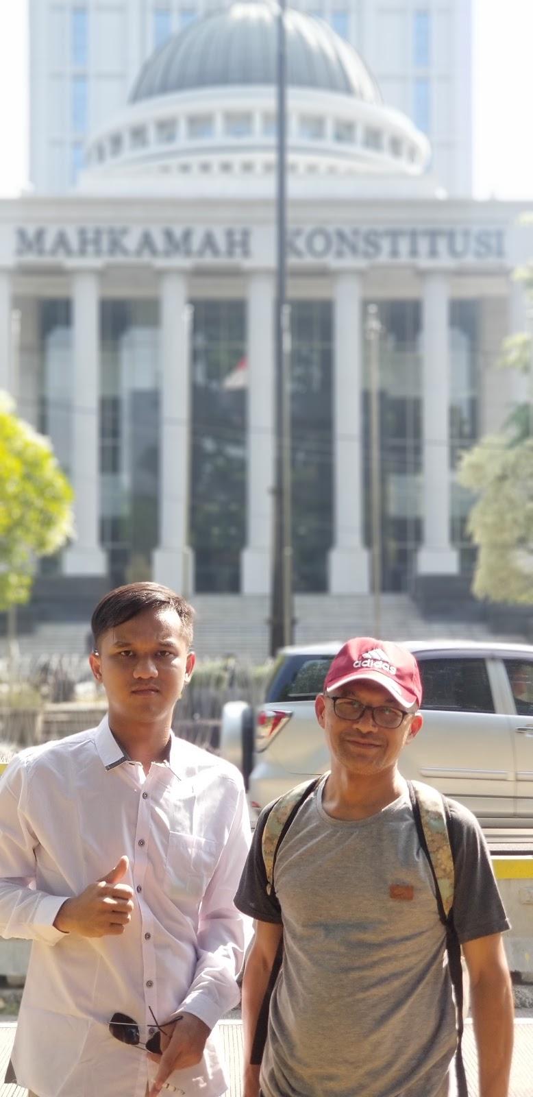 Demo di Mahkamah Konstitusi