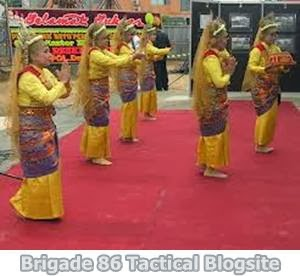 Gambar Tari Tradisional Indonesia Lengkap Dengan ...