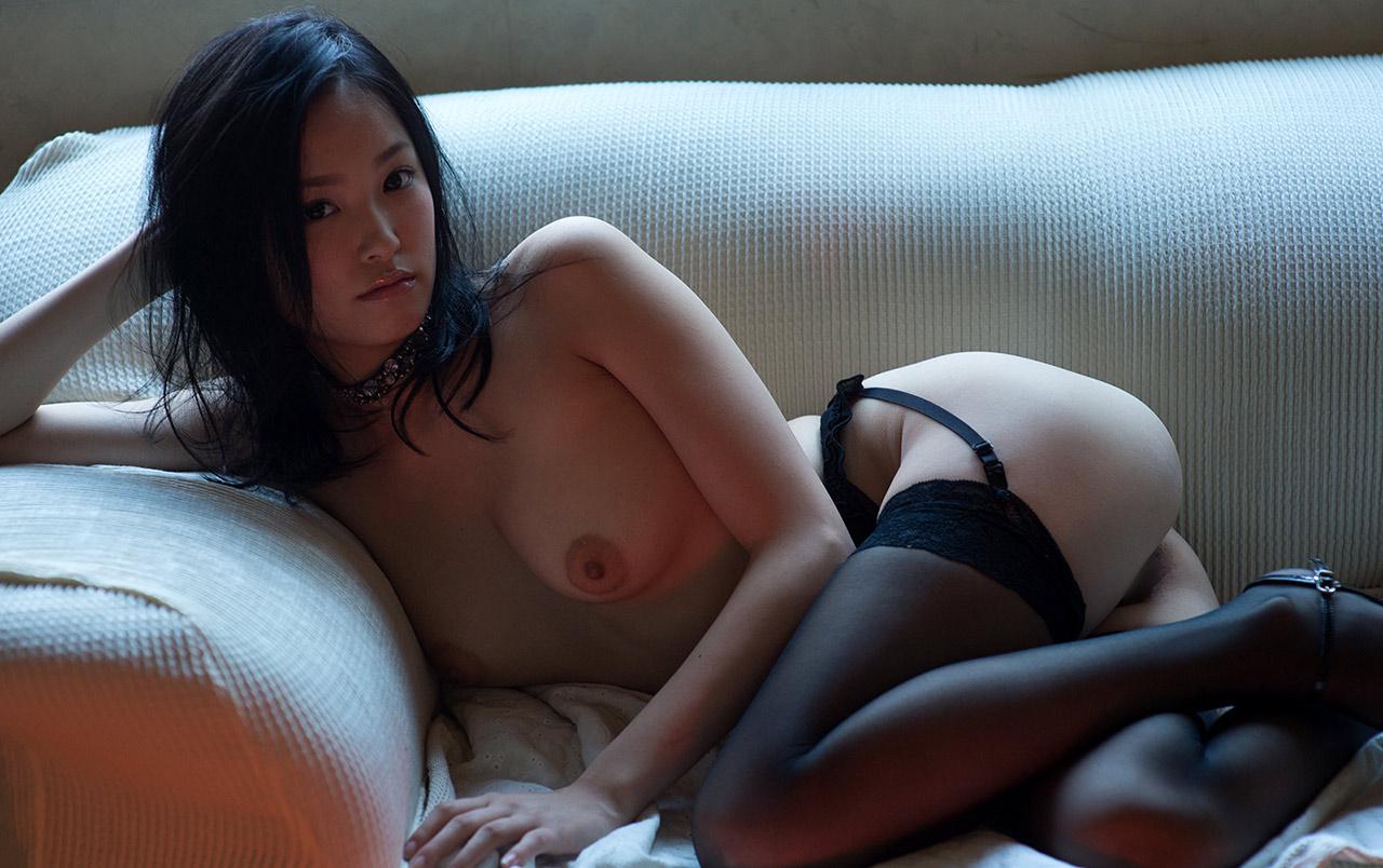 ai yuzuki sexy naked pics 01