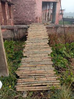 booth-in-bihar-with-bamboo-bridge