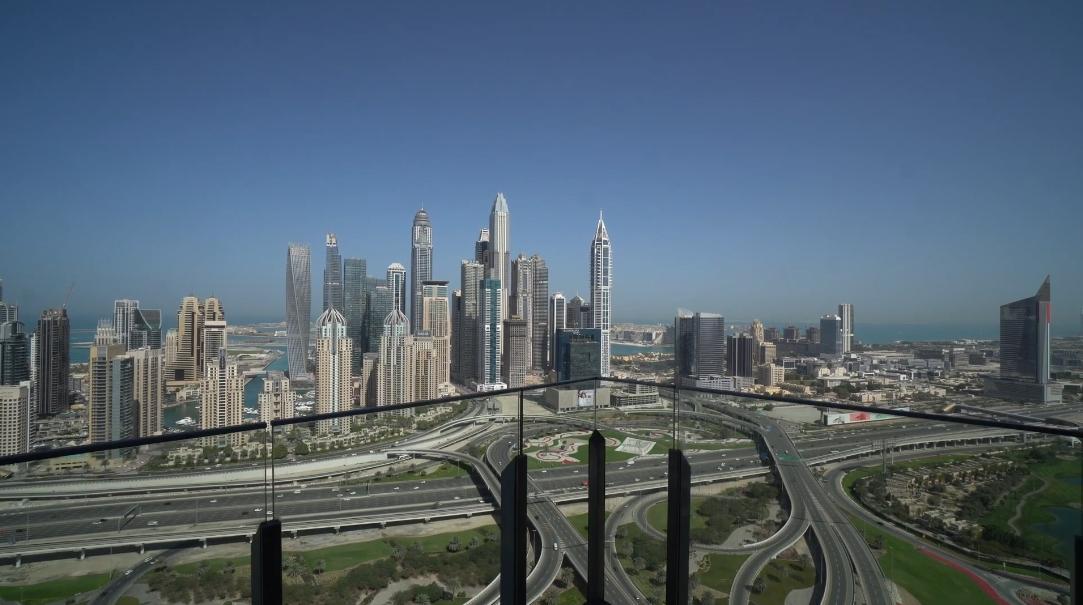 20 Interior Design Photos vs. Tour Taj Residences Dubai Penthouse