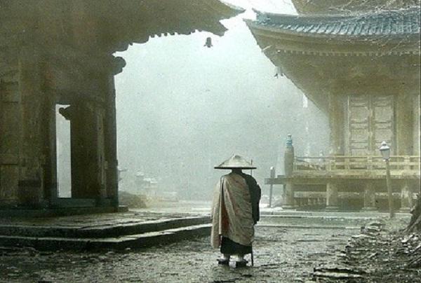 tron-chay-40-nam-van-khong-thoat-duoc-no-nghiep