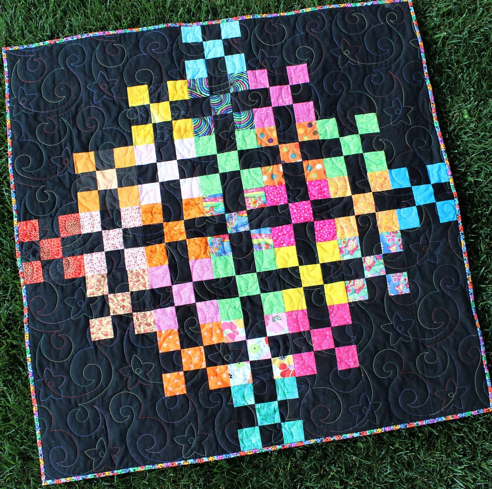 BURST-BABY QUILT-EASY QUILT PATTERN-BEGINNER QUILT PATTERN-MULTI SIZED PATTERN