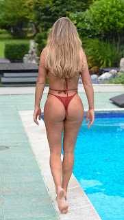 Bianca-Gascoigne-showed-off-her-sexy-body-during-vacation-in-Spain.-f7h5ousjz6.jpg
