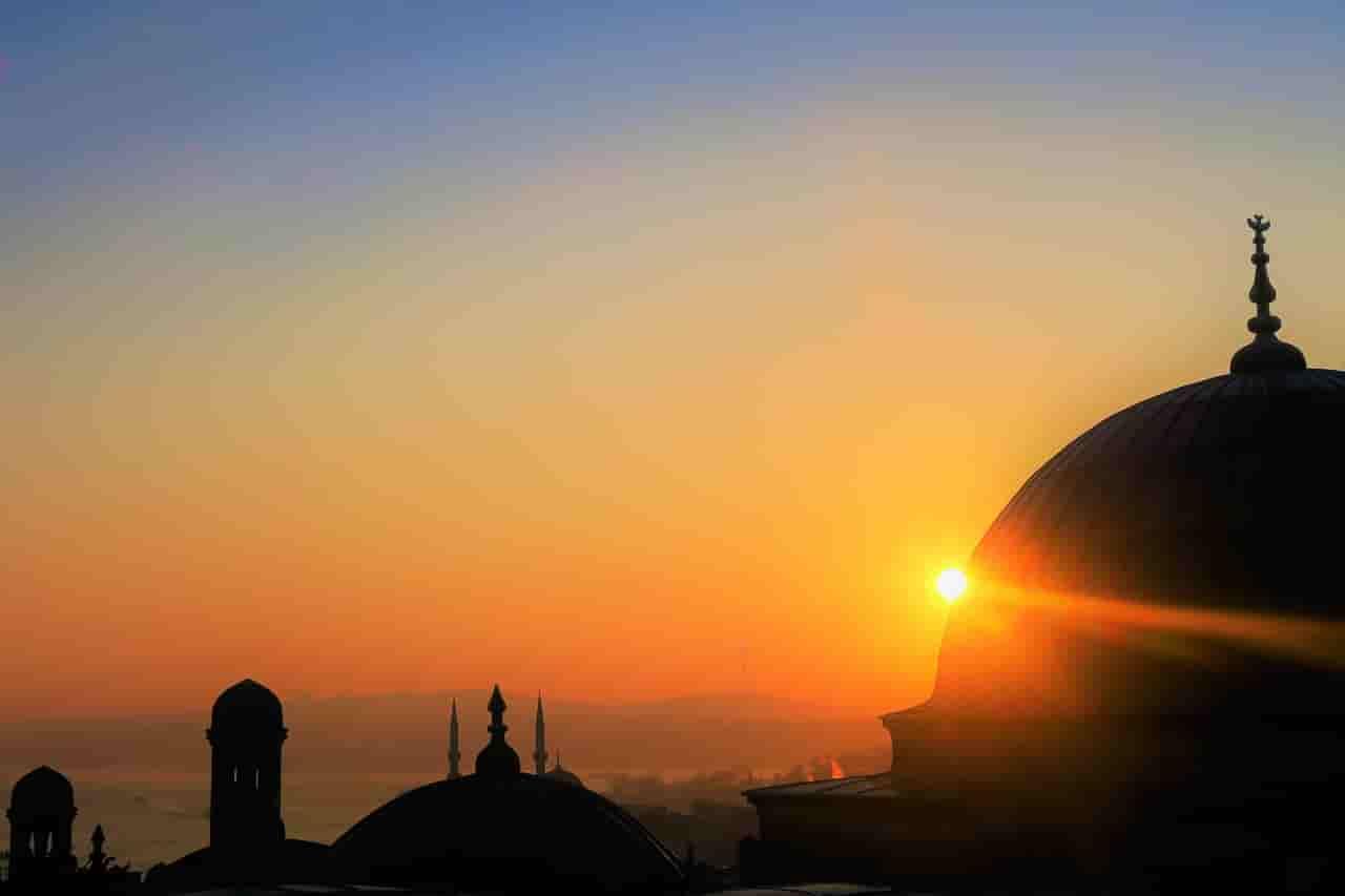 Al-Quran Surat Maryam Ayat 1-11: Teks Arab, Artinya dan Tafsir Tentang Doa Nabi Zakaria