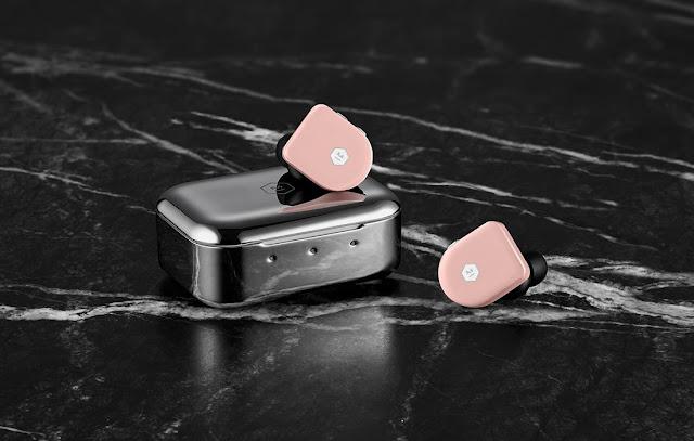 Master & Dynamic : MW07 PLUS : Les écouteurs sans fil de luxe