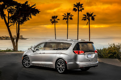 Chrysler Pacifica 2017 Review, Specs, Price
