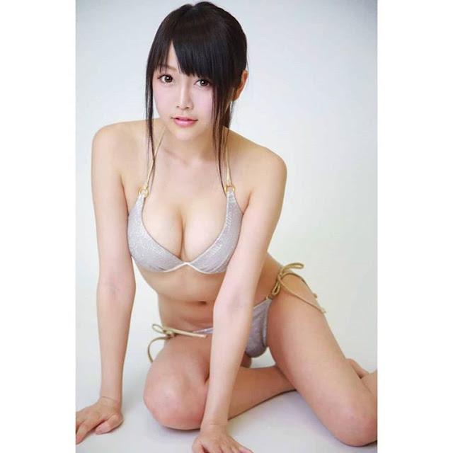 Mỹ nữ Nhật ngực đẹp mê li cởi đồ vì tân binh Liverpool 9