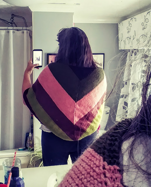 Garter stitch triangular shawl using Knit Picks Wool of the Andes https://shareasale.com/r.cfm?b=1435446&u=1446317&m=59159&urllink=&afftrack=