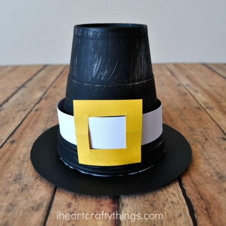 Pilgrim hat craft for kids