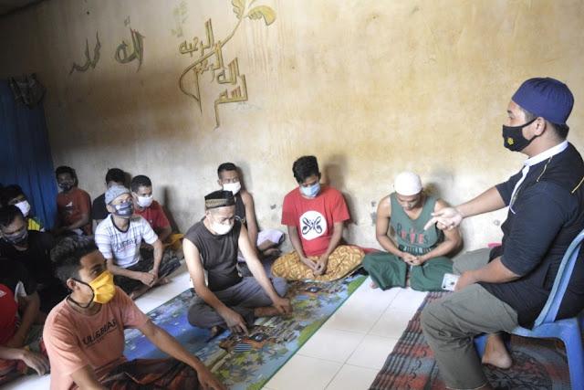 Tahanan Polres Lombok Timur diajar menghafal Al Qur'an dan Ruqyah