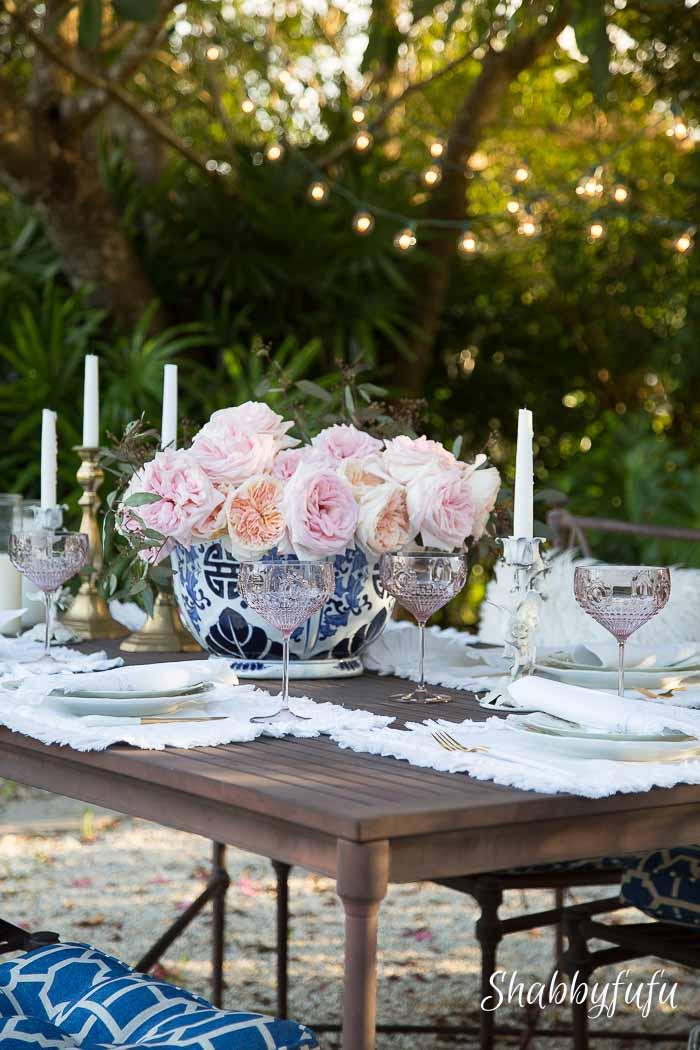 outside al fresco elegant table setting shabbyfufublog