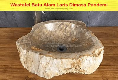 wastafel dari fosil unik banget