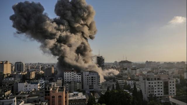 Κόλαση στο Ισραήλ που κλιμακώνει τις επιδρομές στη Λωρίδα της Γάζας