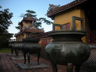Urnas da Cidadela de Hue (Vietnã)