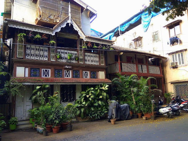 architecture, ancient, waroda road, bandra, street, mumbai, incredible india, plants,