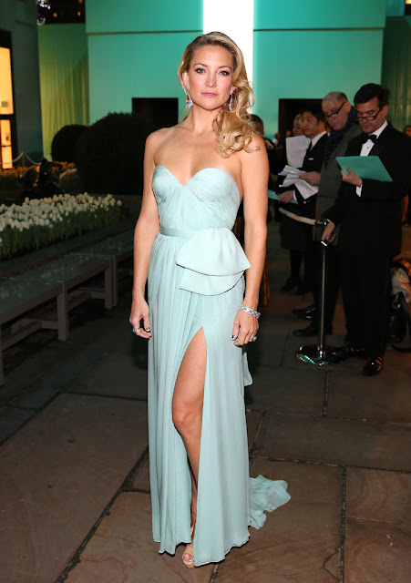 Kate Hudson -Tiffany and Co - Blue Book Ball at Rockefeller Center - Reem Acra dress