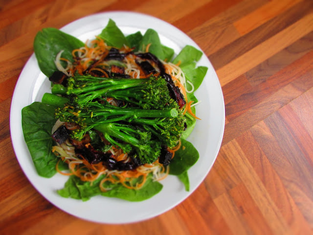 Here's a new recipe for a tasty, vegan Asian noodle salad featuring some yummuy Tenderstem®. Head on over to find out more...