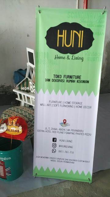 X Banner HUNI