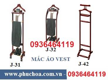 Mẫu cây treo áo vest bằng gỗ giá rẻ chất lượng.