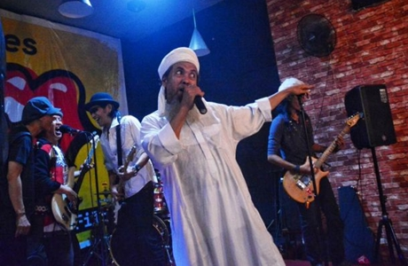 Bikin Kaget, Pria Bersorban Ini Bikin Heboh Pengunjung De Jazz Makassar