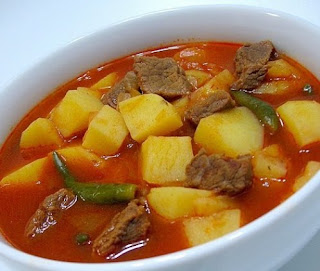 Turkey Stew with Potatoes (Patatesli Hindi Yahnisi)