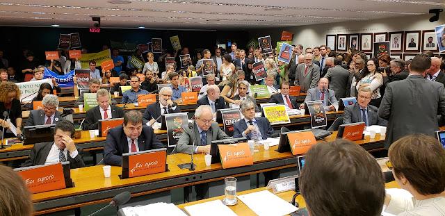 Comitiva da Abapa acompanha votação na Câmara dos Deputados que moderniza lei de defensivos agrícolas