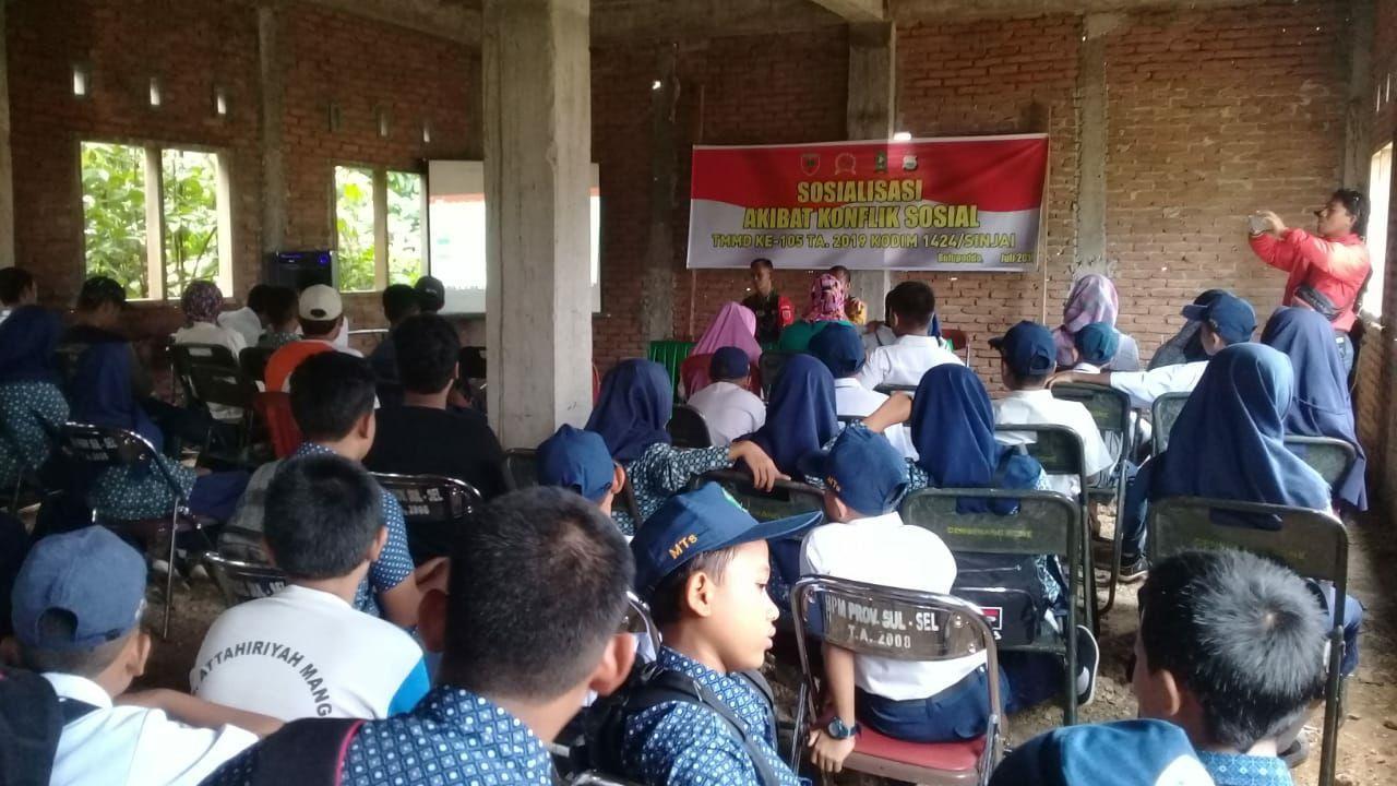 Satgas TMMD ke-105 Kodim 1424/Sinjai Gelar Sosialisasi Akibat Konflik Sosial