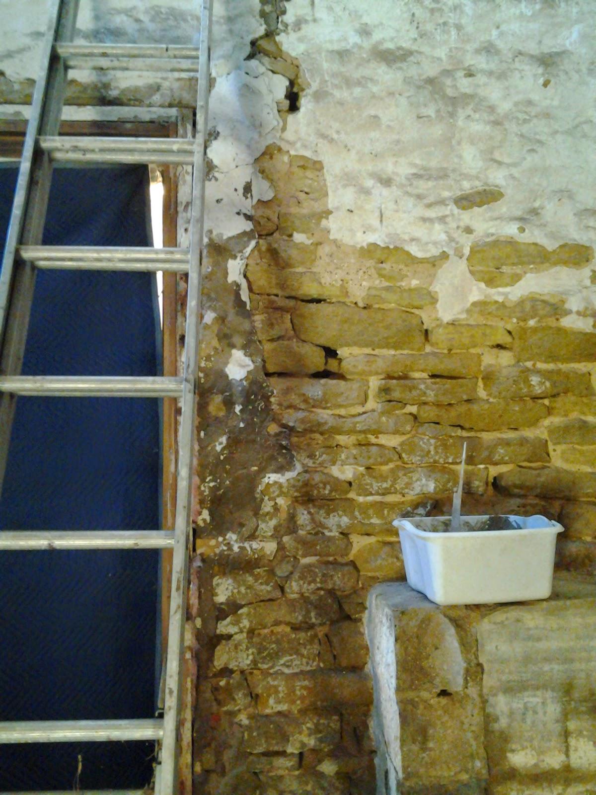Vertical Crack In Basement Foundation Wall