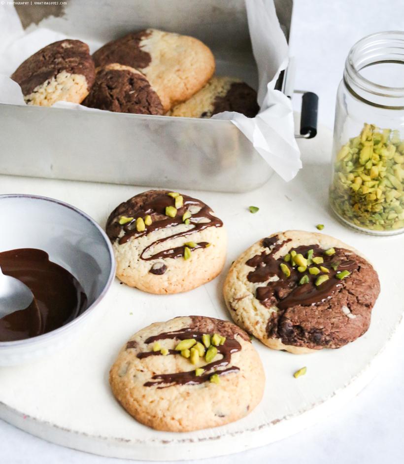Black & White Cookies  | whatinaloves.com