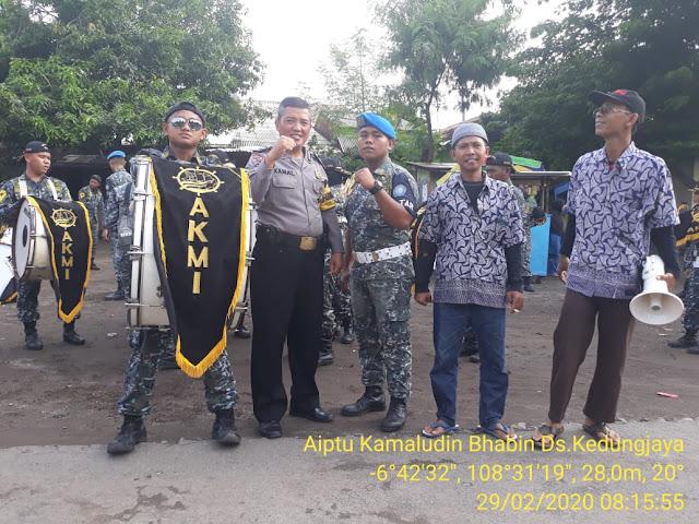 Aiptu Kamaludin Bhabin Ds.Kedungjaya Polsek Kedawung Polres Cirebon Kota Hadiri Sekaligus PAM Giat Sunatan Massal