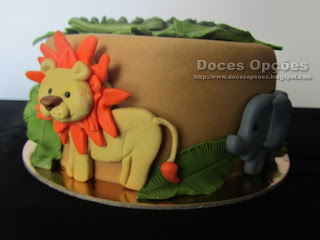 zoo cake animals