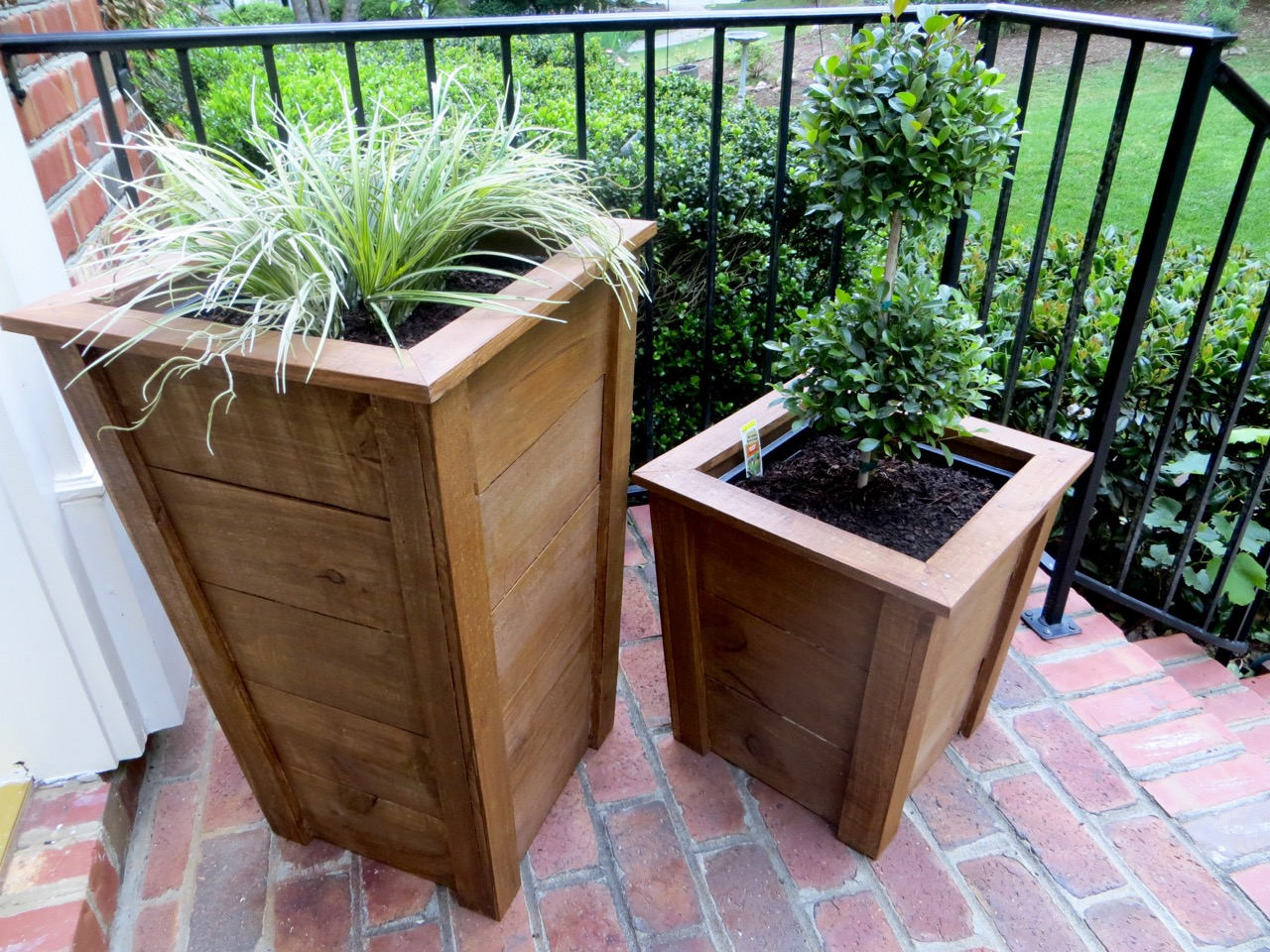 Simple Planters The Project Lady Diy Tutorial Decorative Wood Planter Boxes