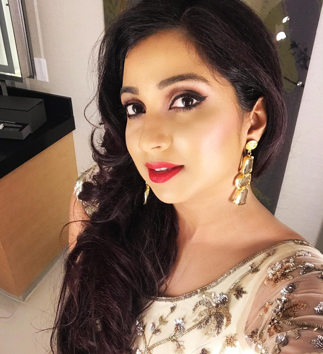 Shreya Ghoshal Has Cute Face With Pretty Voice  New Actress-5057